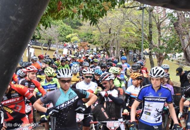 Ciclistas vencem desafio das montanhas de Águas de Lindoia no GP Ravelli